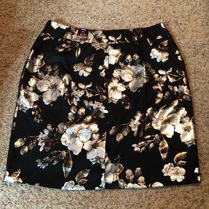 NWT! [Avenue] Skirt